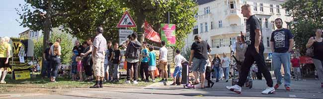 Menschen statt Verkehr am Borsigplatz: Still-Leben zog tausende BesucherInnen in die Nordstadt von Dortmund