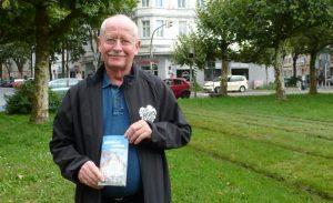 Unterstützte gerne die Aktion: Bezirksbürgermeister Dr. Ludwig Jörder.