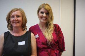 Die beiden geschäftsführenden Vorstandsvorsitzenden Isabel Cramer (l.) und Dr. Nina Pohl.