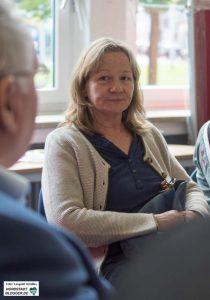 Frau Dr. Ulrike Martin erläutert Zielsetzung und Möglichkeiten des IT-Projektes Foto: Leopold Achilles