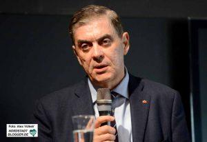 Romani Rose ist Vorsitzender des Zentralrates der Sinti und Roma in Deutschland.
