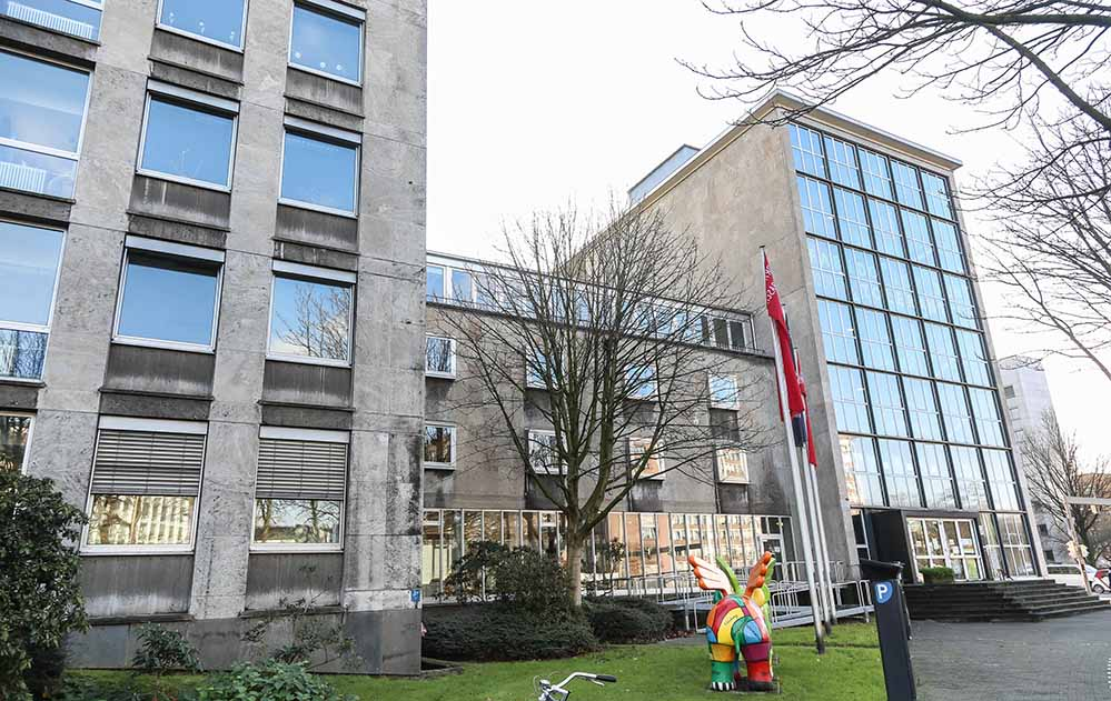 Das Jugendamt befindet sich an der Ecke Ostwall und Ruhrallee.