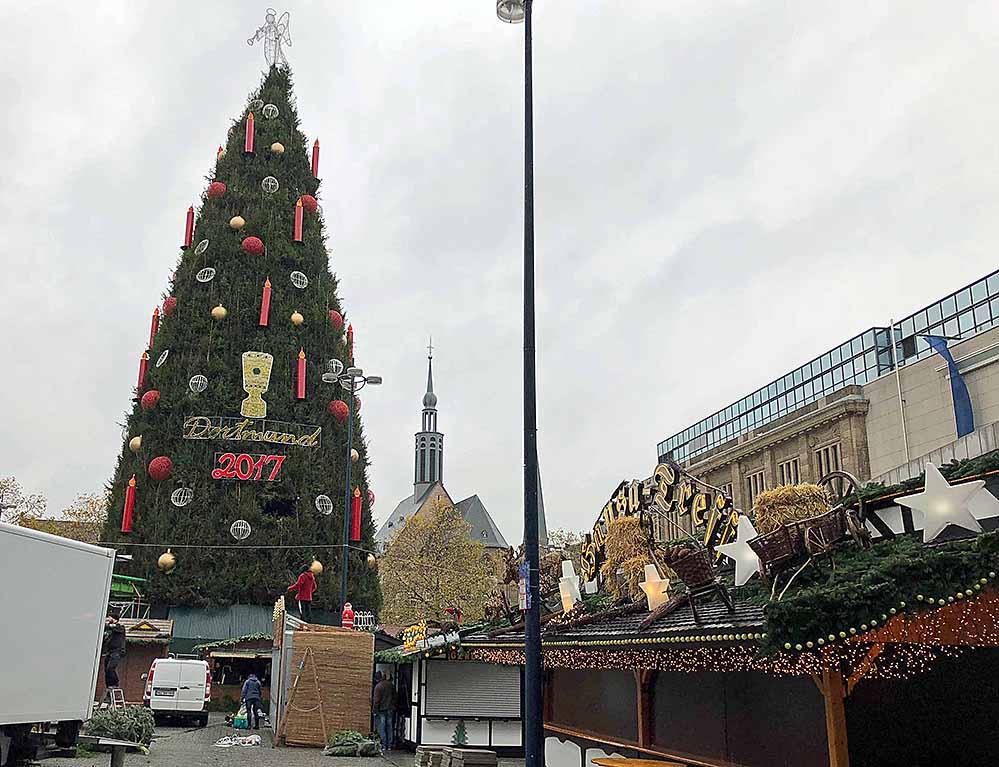 Dortmund Weihnachtsbaum.Donnerstag Startet Der Weihnachtsmarkt In Dortmund Der Größte