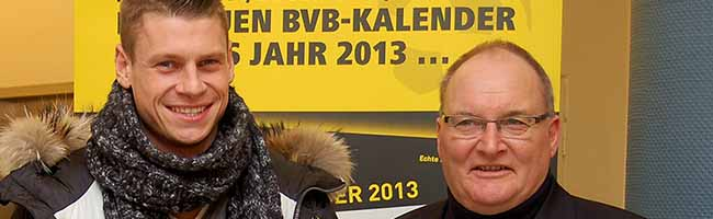 """TERMINÄNDERUNG: Christian Pulisic und Lukasz Piszczek signieren BVB-Kalender: Aktion für """"Kinder in Not"""""""