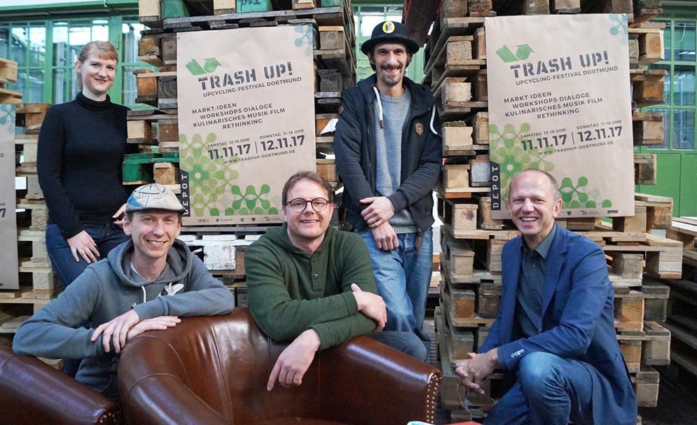 Thomas Zighan, Frank Haushalter, Gerald Knauf (vorne), Sabrina Schramme, Florian Artmann (hinten)