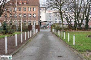 Im Park entlang der Schützenstraße wird der Neubau entstehen. Fotos: Leopold Achilles