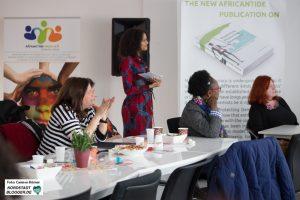 Während der Podiumsdiskussion zur Frauenwoche vom AfricanTide Union e.V.