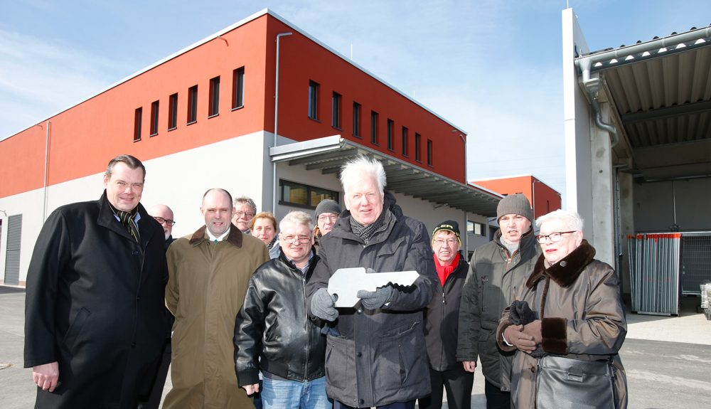 Ullrich Sierau bei der Schlüsselübergabe der EDG an die Stadt Dortmund. Foto: EDG / Ursula Dören