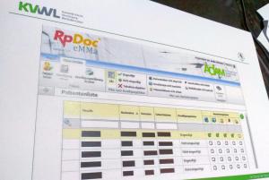 Übersicht im Menü der Software: Patienten der Barmer GEK können über ihre Teilnahme an der Studie entscheiden.