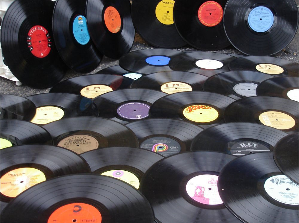 Beim Musikstammtisch im Dortmunder domicil dreht sich alles rund um das Thema Vinyl. Foto: domicil Dortmund
