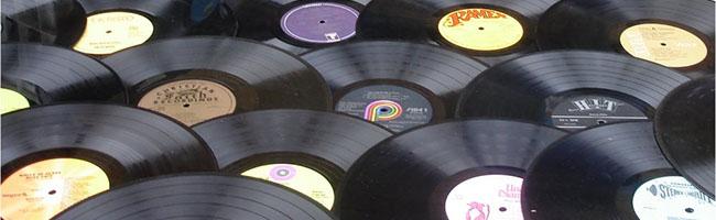 """""""Plattenläden in Dortmund – Hat Vinyl eine Zukunft und warum in Dortmund?!"""" fragt sich Musik-Stammtisch im domicil"""