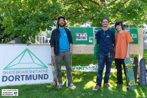 Kalle, Mori und Paco von der Skateboard-Initiative Dortmund.